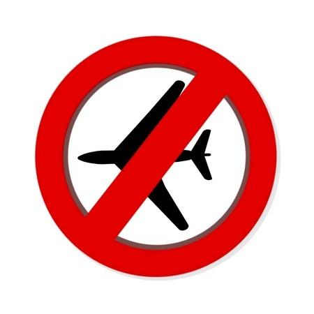 מטוס מאחורי תמרור אסור