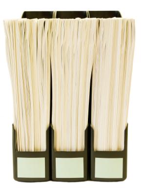 מסמכים מסודרים בתיקיות
